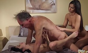 Old juvenile porn nubiles share old fellow and ride his wrinkled knob drink cum